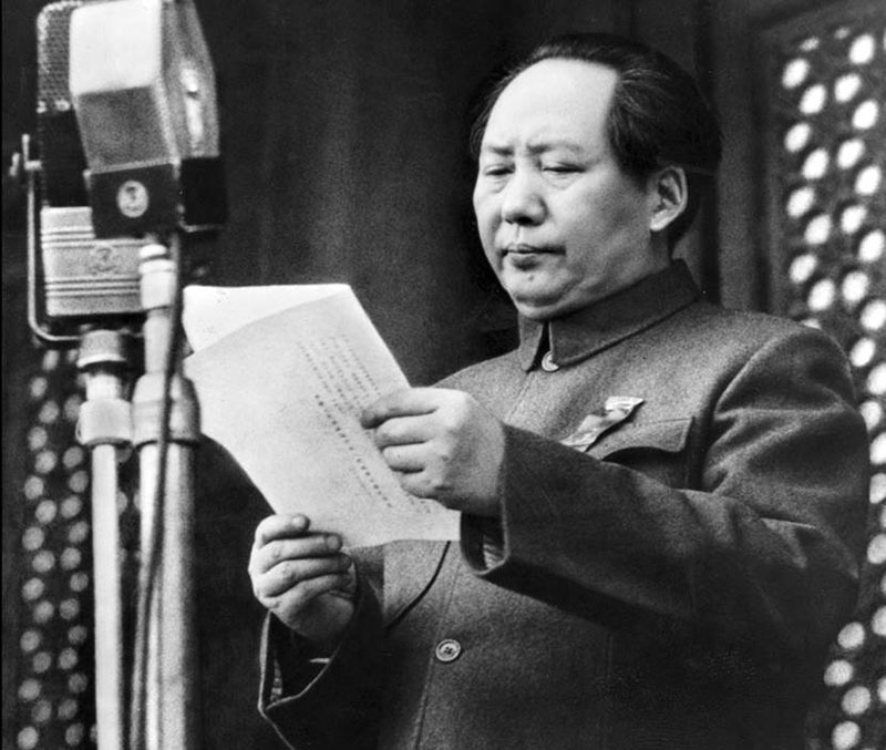 Mao Tsetung proclama a República Popular da China, 1949